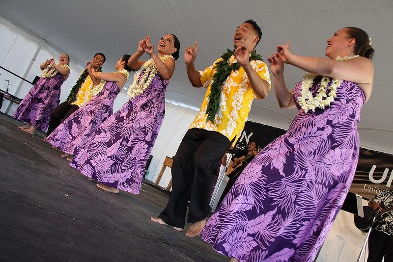 ricmond-folk-fest-dancers-in-purple